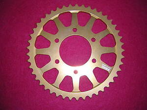 Suzuki-GSF1200-Bandit-039-96-039-05-530-46T-Rear-Alloy-Sprocket-Anodised-Gold-New