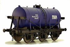Dapol 7F-031-003 Güterwagen Tankwagen 6-wheel milk tanker Milk Marketing Board S