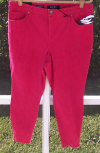 NINE-WEST-RED-COLORED-CURVY-COTTON-SKINNY-MID-RISE-16W-18W-22W-31-JEANS-NEW