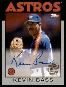2020 Archives Fan Favorites Auto Silver #FFA-KB Kevin Bass /99 - Houston Astros