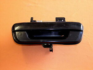 HOLDEN-RA-RODEO-NEW-BLACK-TAIL-GATE-HANDLE-NO-LOCK-TYPE-SUIT-2003-ONWARDS