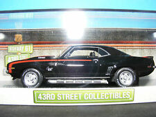 CHEVROLET Cambogia NERO con ROSSO Flash in scala 1/43. Street Collection per USA 1:43 NUOVO