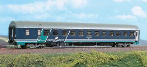 ACME-50567-MU-1981-ristrutturata-livrea-XMPR-Treno-Notte-Class-finestrini-fissi