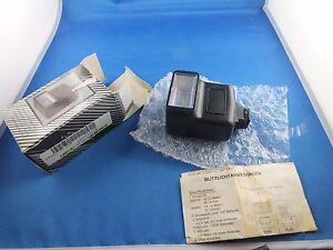 Blitz-Kamera-Elektronenblitz-Blitzgeraet-Blitzlicht-Blitzer-UNOMAT-SLR-Camera-Neu