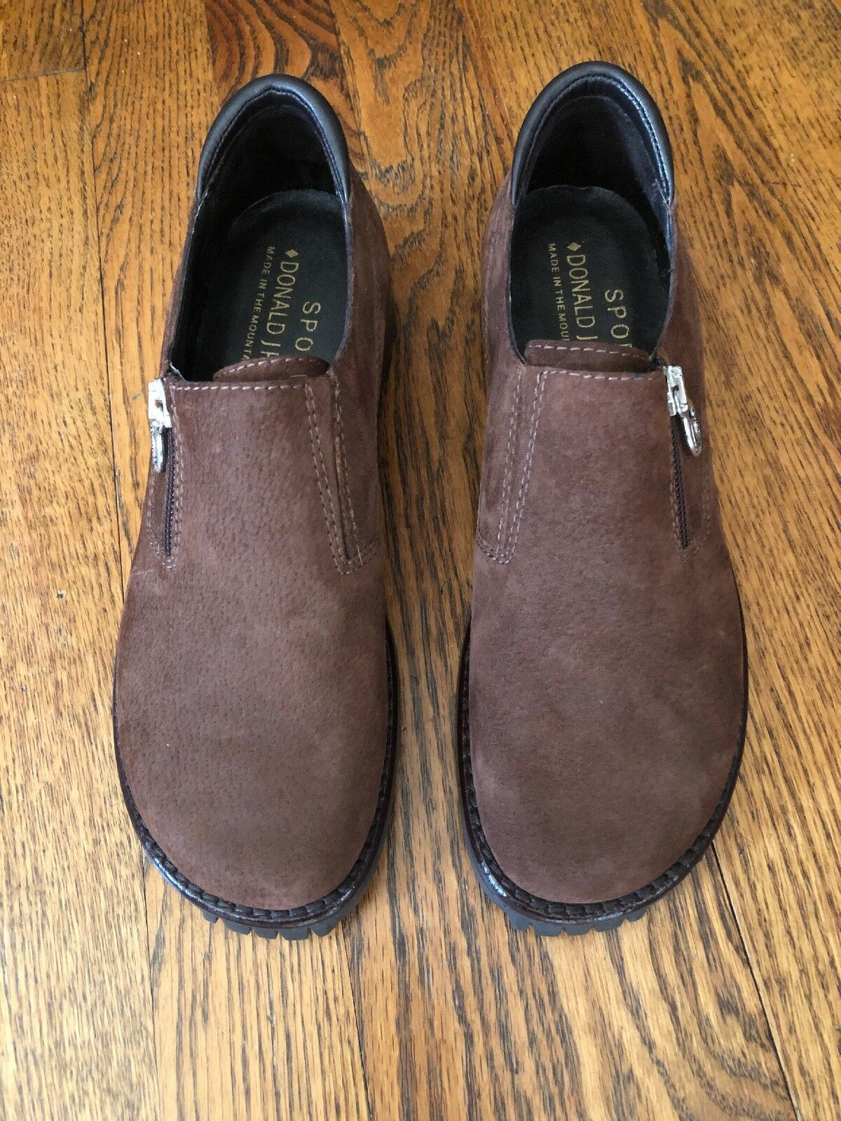 Donald Pliner Sport Uagain 6.5 Marronee Suede NWT Made in