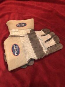 NOS. Vintage Gardner/'s Sof-Twist Bread Bakery Plastic Thimble