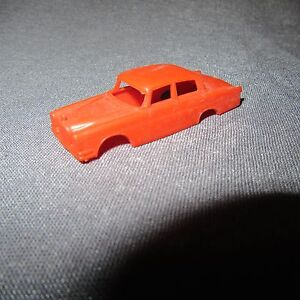 853C-Lima-Mercedes-300-SE-Orange-HO-1-87