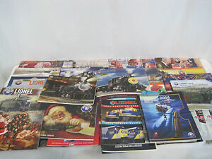 Large-40-Book-Lionel-Train-Set-With-Collectible-Railroaders-Pin-SAR19-17