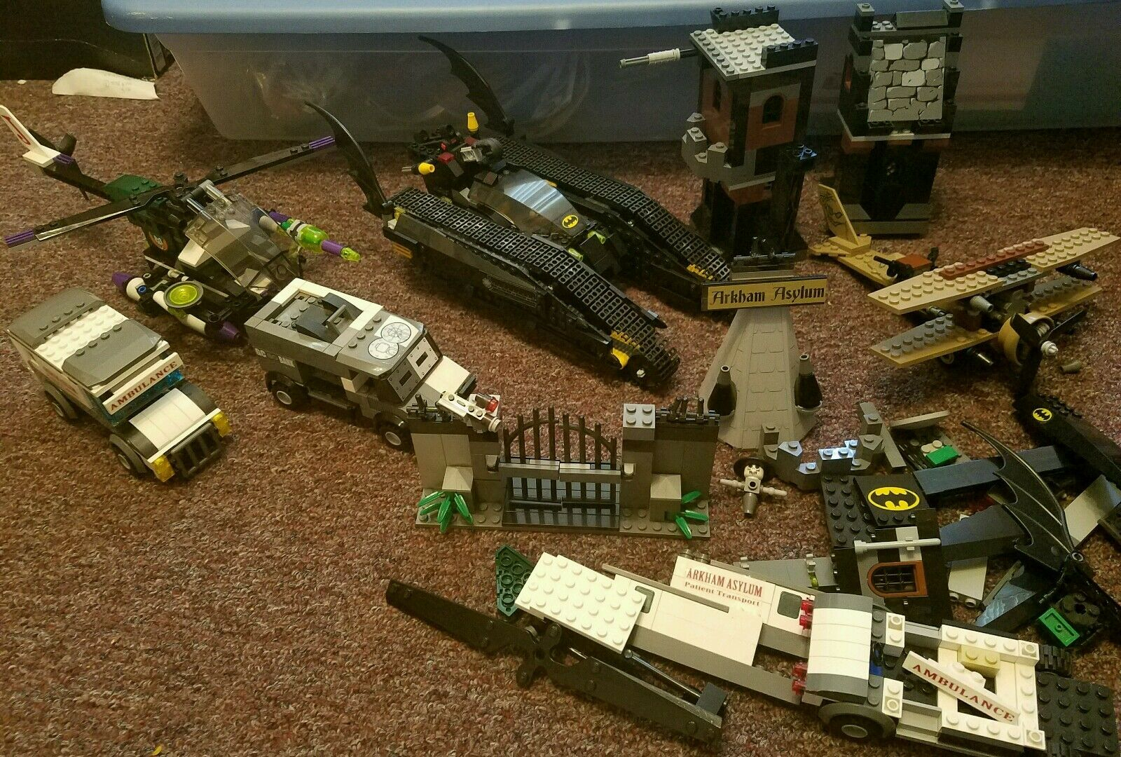 LEGO BAThomme 7787 BAT  TANK, Joker Helicopter, Svoitureecrow  Almost complete plus mor  shopping en ligne