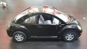 Volkswagen-New-Beetle-toy-car-Diecast-1-32-Kinsmart-black