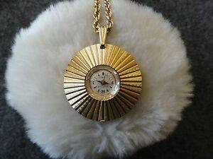 17 Jewels Westclox Necklace Pendant Wind Up Watch with a Second Hand