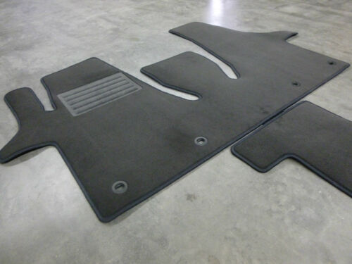 FAHRGASTRAUM VORNE $$$ Velours Fußmatten Teppich für VW T5 Multivan NEU $$