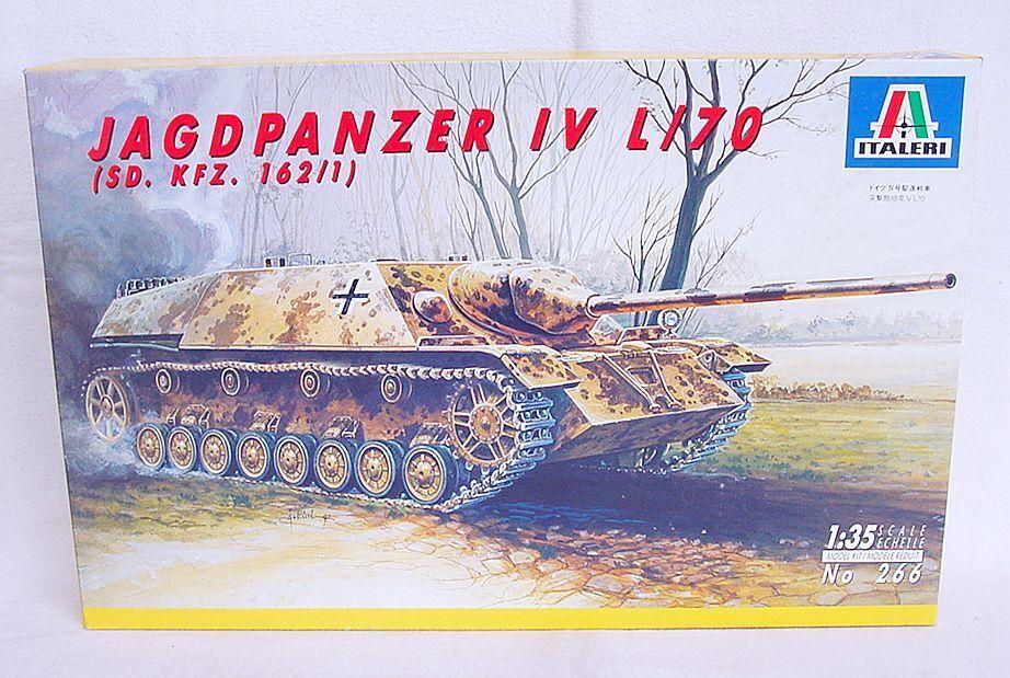 Italeri 1 35 German WWII JAGDPANZER IV L 70 Medium Battle Tank Kit MIB`85