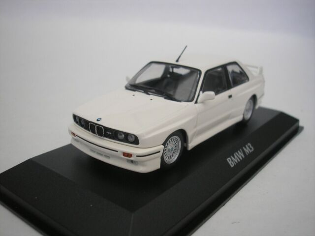 BMW M3 (E30) 1987 White 1/43 maxichamps 940020301 New