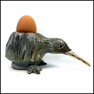 Kiwi-Novelty-Egg-Cup-Ideal-Easter-Gift-by-Tracy-Wright-from-Zoo-Ceramics