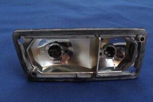 Renault-R-5-Blinker-Fassung-Front-rechts-Nebelscheinwerfer-Standlichtgehaeuse