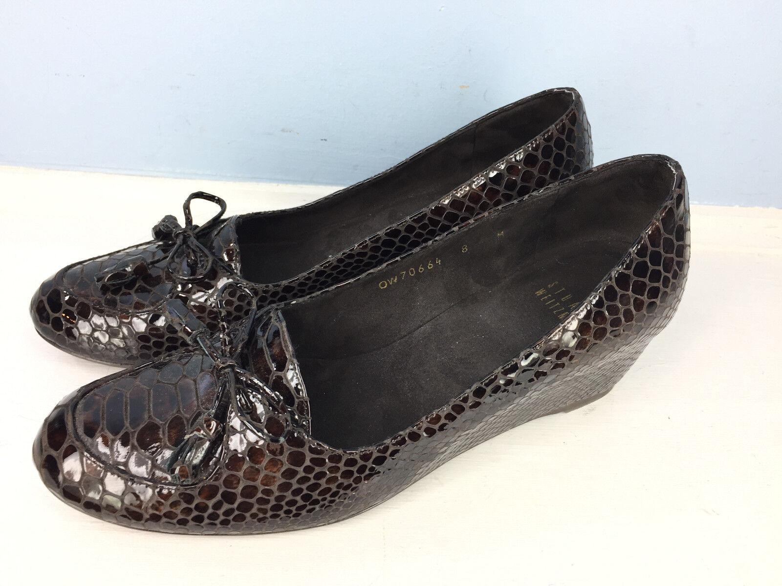 Stuart Weitzman 8 M brown Embossed Patent Leather Wedge Heel Career Loafer EUC