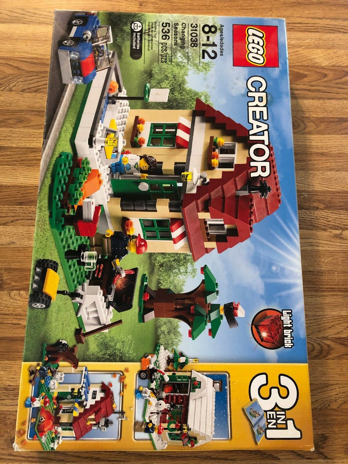 Lego City Creator Changing Season House 31038 Brand Nuovo & Sealed