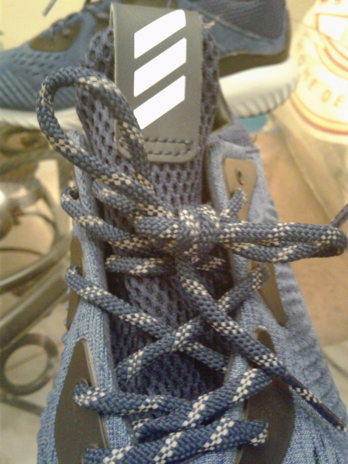 Men's bluee  Adidas    athletic shoes size 10. 00ac7e