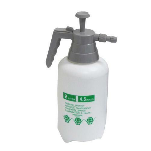Pressure Pump Spray Bottle 2L Round up Weeds Feed Sprayer Garden Hose Tool