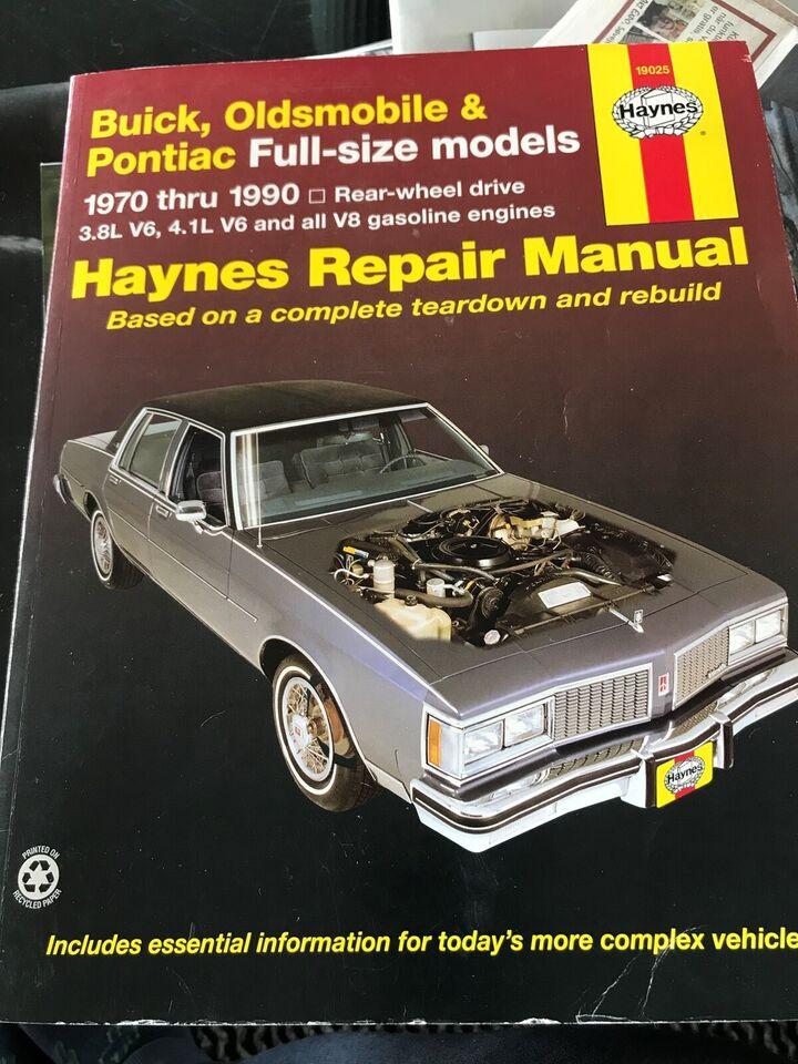 Pontiac 301 V8 motor