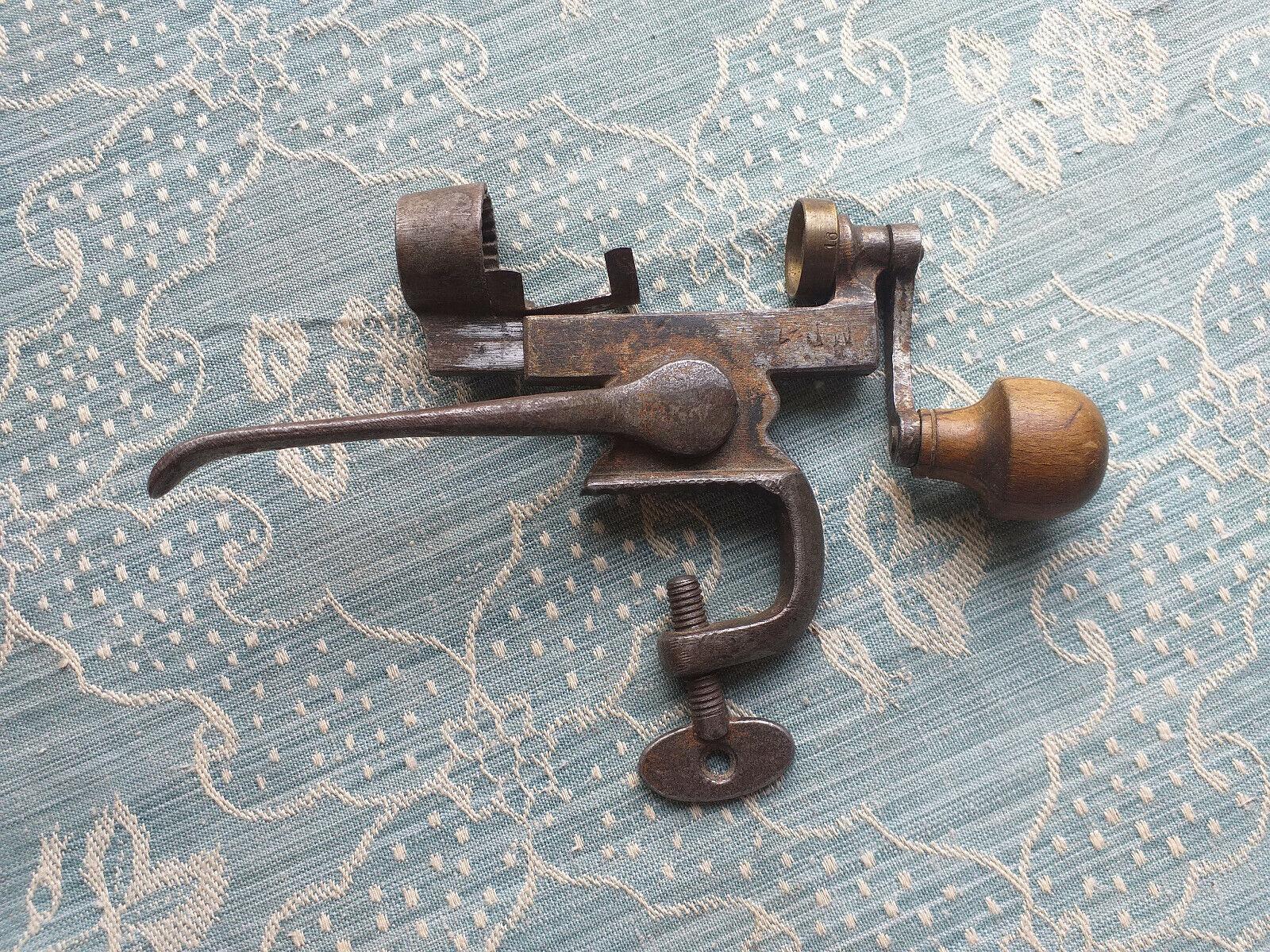 Antigua Prensa Alemana Recargador MD 16 calibre pistola Cartucho Cargador década de 1900