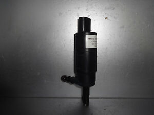 VW-Polo-9N-Wischwasserpumpe-Scheibenwasserpumpe-Spritzwasserpumpe-3B7955681