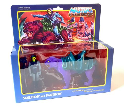 SUPER 7 Masters of the Universe Skeletor and Panthor ReAction Figures