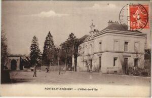 CPA Fontenay-Tresigny L'Hotel-de-Ville FRANCE (1101287)