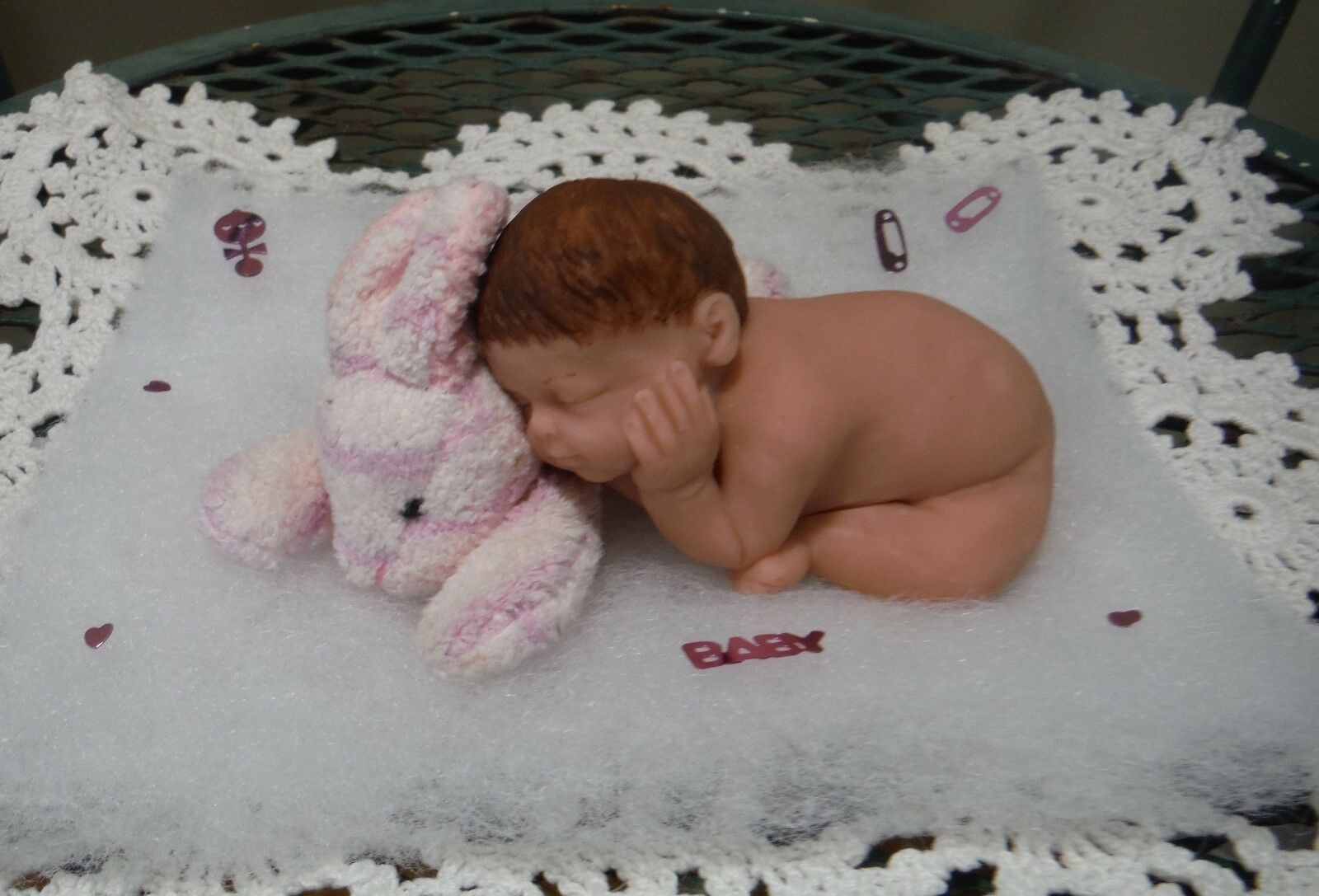 3 1 2  POLYMER BABY CLAY OOAK BABY POLYMER DOLL LAYING ON NEW ROSS BUNNY 01ad87