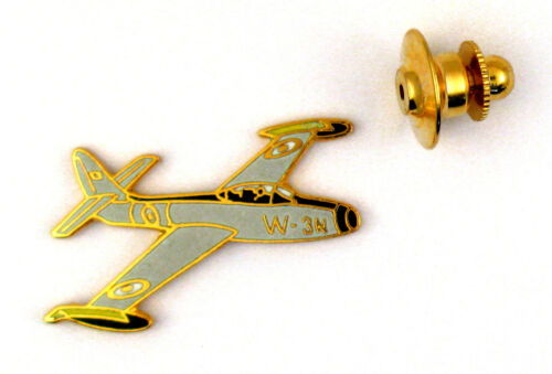 Pin's pin badge ♦ LUXE AVION MILITAIRE  F84 THUNDERJET PATROUILLE DE FRANCE
