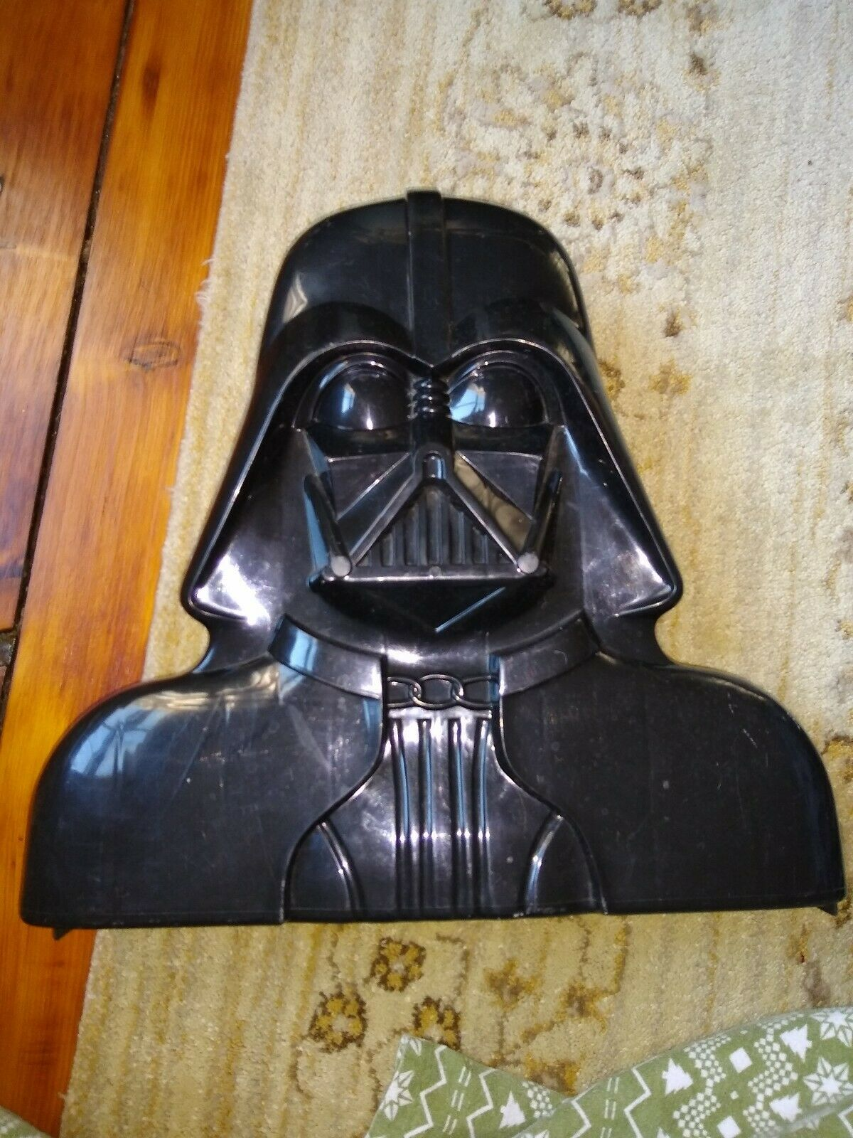 STAR WARS VADER The Empire Strikes Back Accessory Storage Chamber With Toys