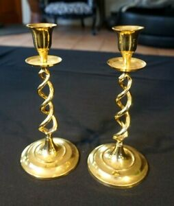 Beautiful-Antique-Victorian-Barley-Twist-Brass-Candlesticks