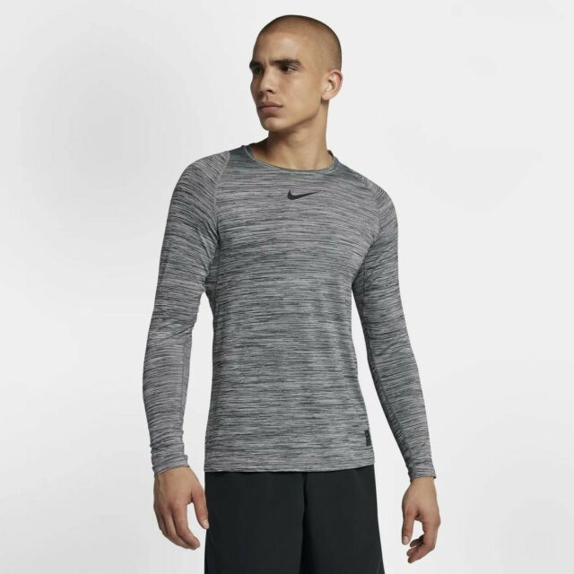Nike Fitted Long Sleeve XL