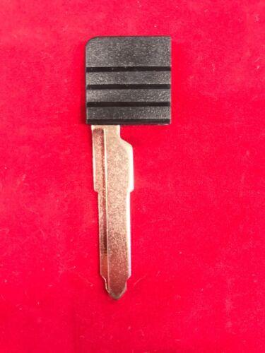New OEM Mazda Smart Card Transponder Key Insert X-7 CX-9 Miata RX-8 D4Y1-76-2GXA