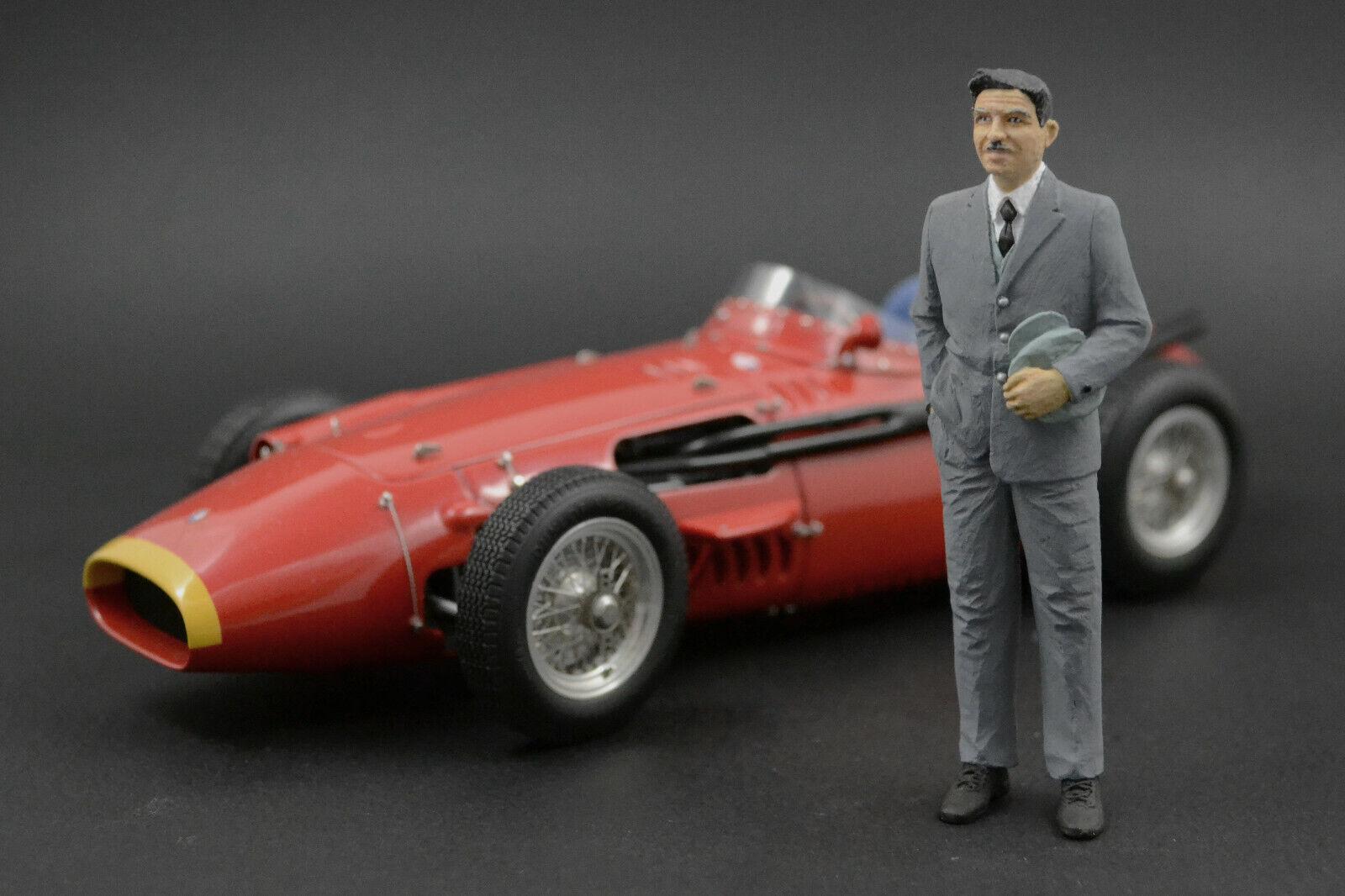 Alfieri  Maserati personnage pour 1 18 CMC Maserati 250 F 300 S  qualité de première classe