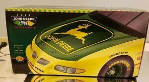 John-Deere-Chad-Little-97-Grand-Prix-Precision-Diecast-Car-1-18-1997