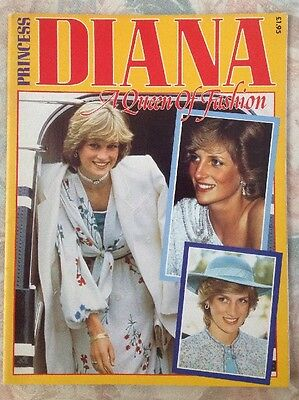 Princess Diana Queen Of Fashion Booklet Softcover Rare