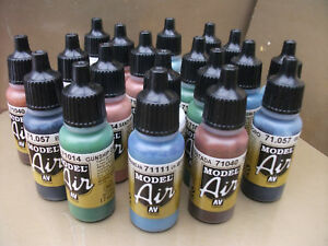 VALLEJO-MODEL-AIR-ACRYLIC-AIRBRUSH-PAINTS-CHOOSE-12-x-17ml-INCLUDING-NEW-COLOURS