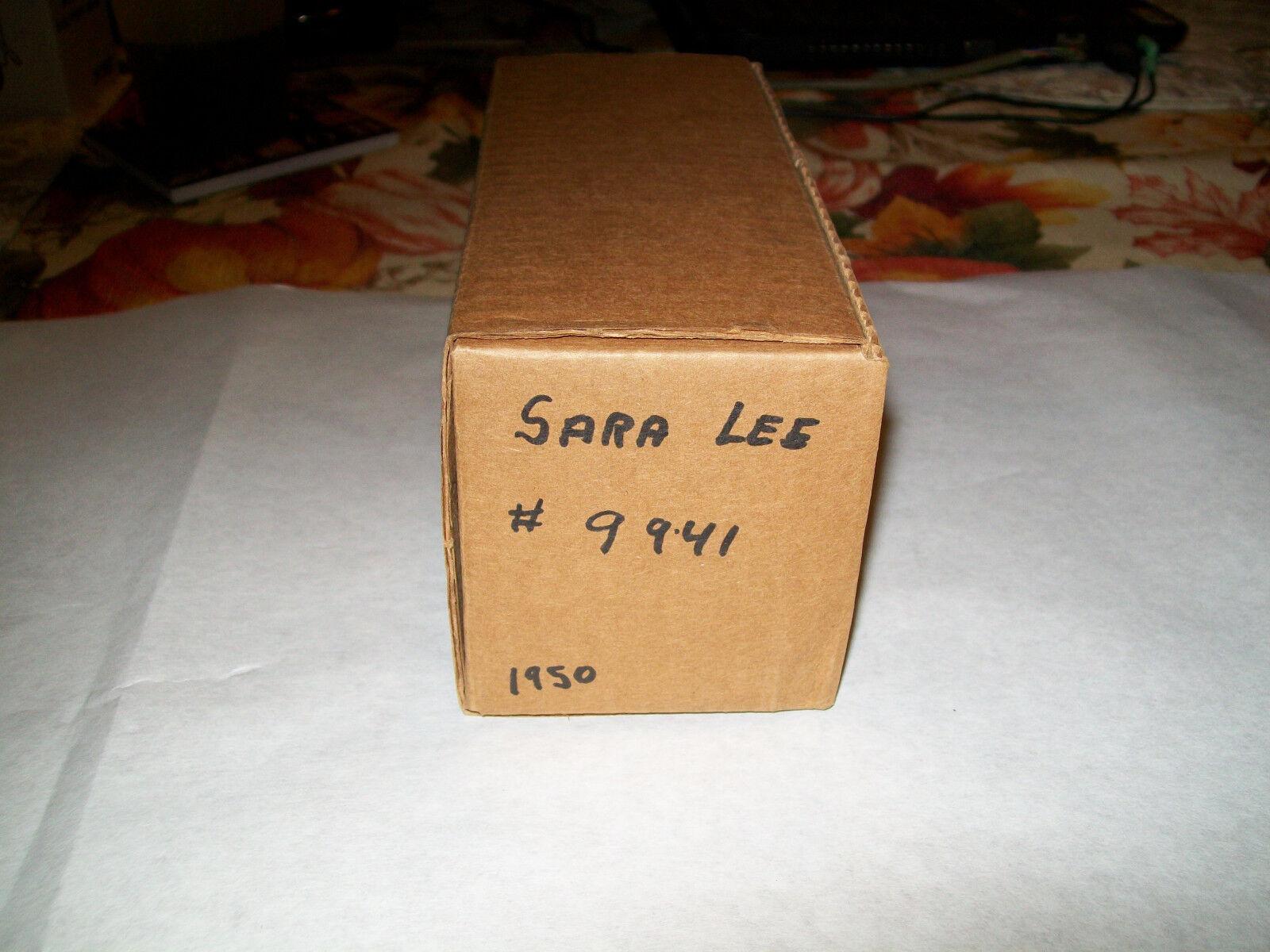 Ertl  25  Sara Lee Lee Lee 40th Anniversary  1950 Chevrolet Panel Van Bank MIB 9c0a52