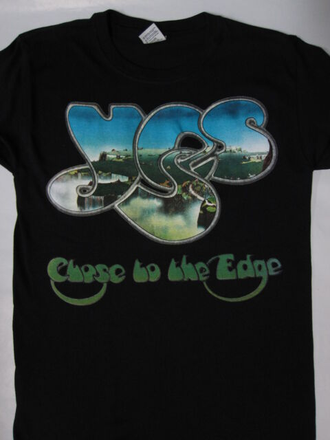 Yes - Close to the Edge  T-shirt