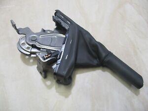 GENUINE-2007-Holden-Astra-CDX-Wagon1-8L-Ei-2005-2007-HAND-BRAKE-LEVER