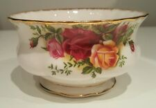 *** AUTHENTIC GORGEOUS ROYAL ALBERT COUNTRY ROSE SUGAR BOWL***