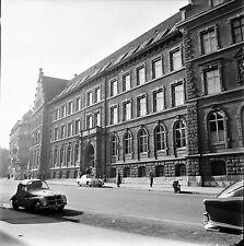 SUISSE c. 1955 - Autos Porche 356 L'Université Bâle - Négatif 6 x 6 - Sui 22