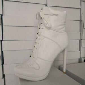 Women's Pointy Toe High Top Sneaker