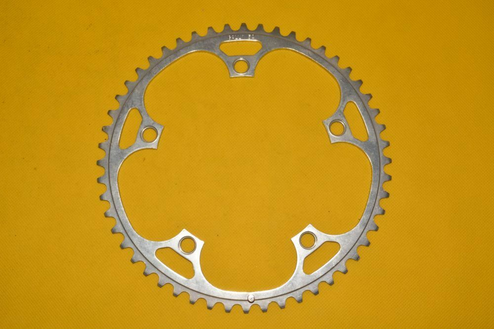 VINTAGE GALLI chainring    52t    NOS    BCD 144