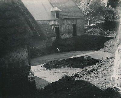 Actief Bourgtheroulde C. 1900-20 - Cour De Ferme Mare Eure - Nv 1530