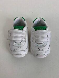 Wyatt White Sneaker Shoes Sz 4M