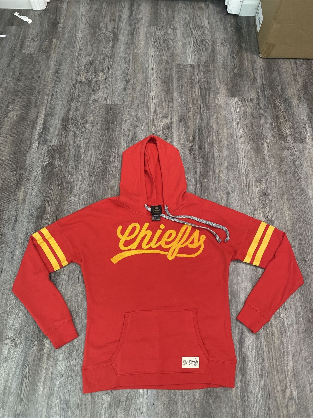 Kansas City KC Chiefs NFL Juniors Collection Red Hoodie Size XL 15/17