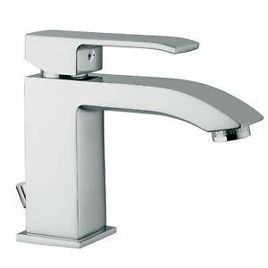 Miscelatore-lavabo-Paffoni-level-design-finitura-cromata-forma-squadrata-LES075